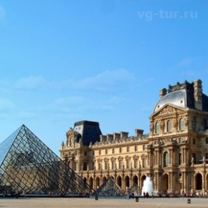Где находится Лувр?